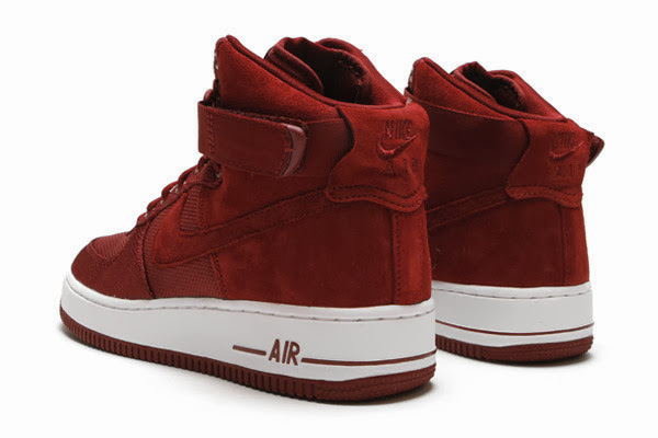 Throwback FridayThe Nike Air Force 1 Team Red Hi Premium