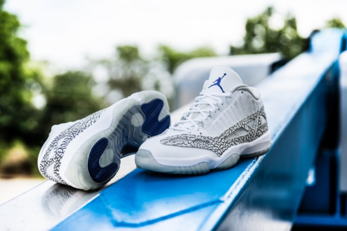 Air Jordan 11 Retro IE Low