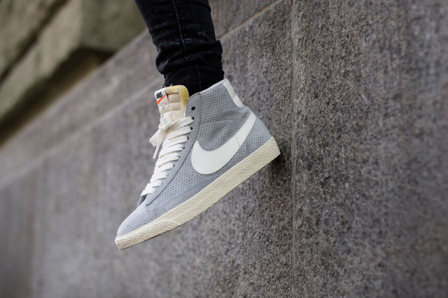 nike blazer passport