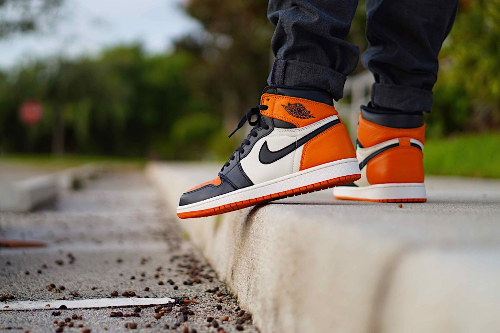 Air Jordan 1 Retro Shattered BackBoard Sneakers App Pr_Sneaks23_1