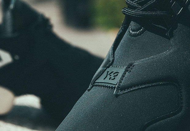 adidas-y-3-kohna-black-white-stripes-3