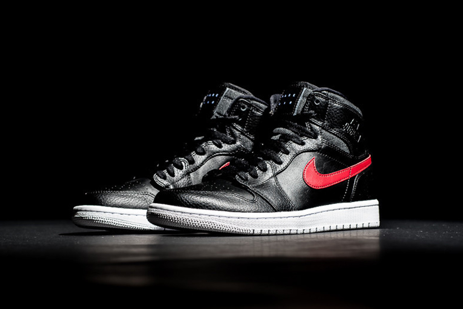 air-jordan-1-rare-air-bred-available-02