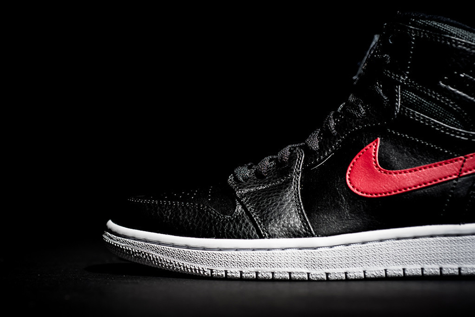 air-jordan-1-rare-air-bred-available-04