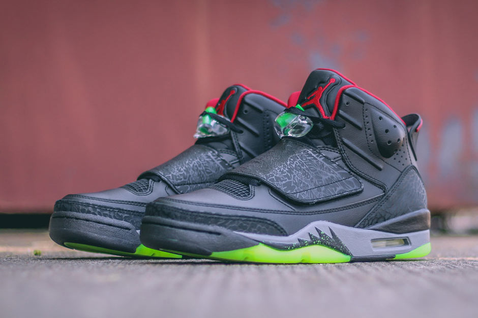 jordan-son-of-mars-marvin-the-martian-yeezy-tones