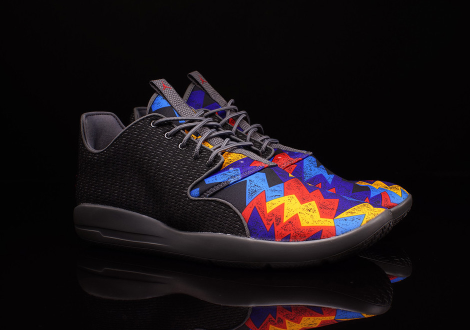 18bb823bedc0 3 New Jordan Eclipse Hit Stores Right After The  SuperBloodMoon - Unlkd