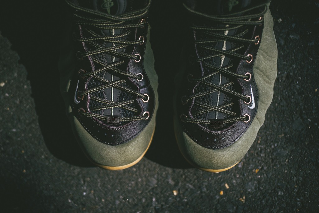 nike-air-foamposite-one-olive-03