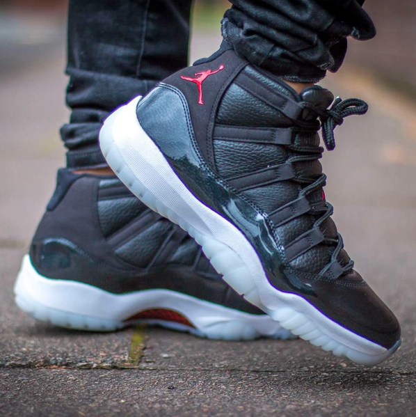 72-10-air-jordan-11-on-feet-images-2