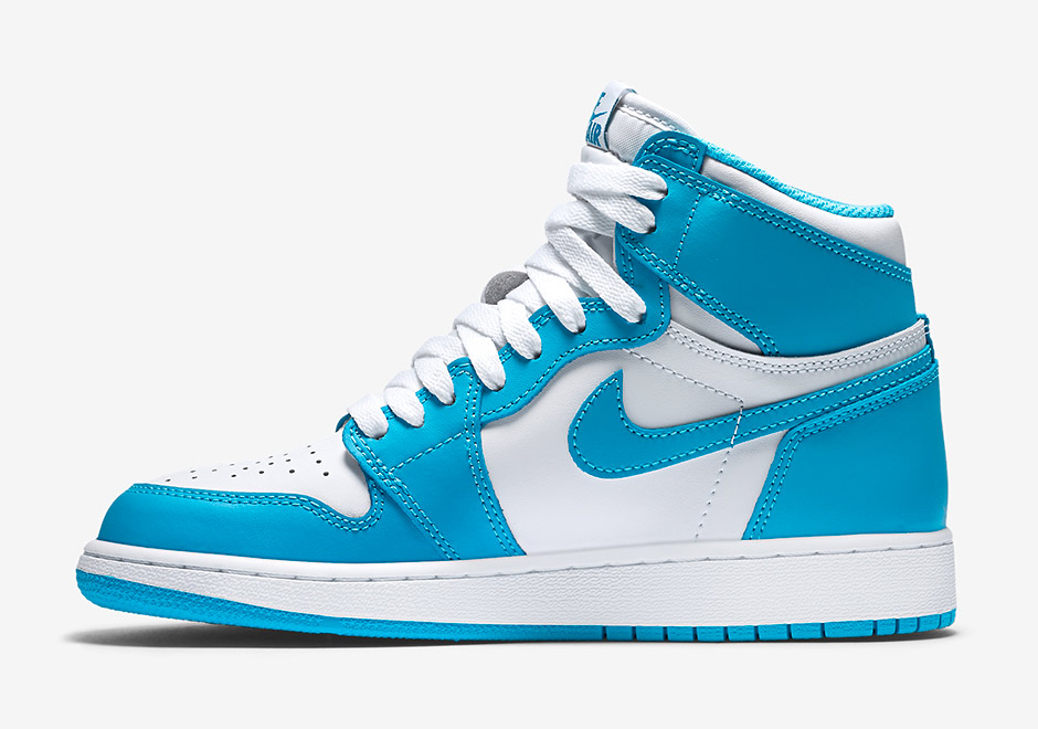 air-jordan-1-high-og-gs-unc-1
