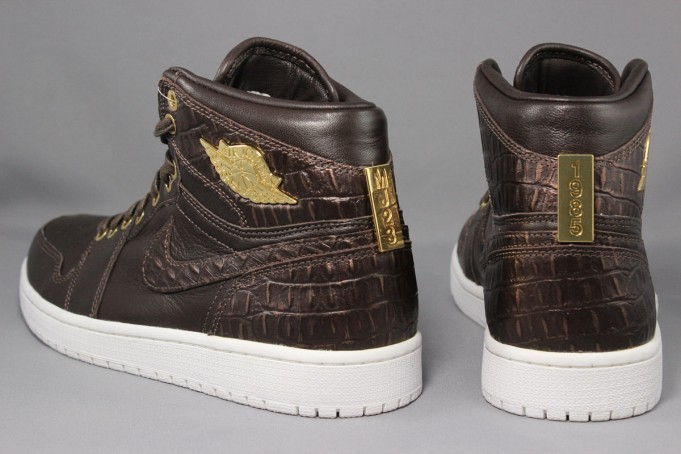 air-jordan-1-pinnacle-croc-baroque-brown-gold-5-681x454