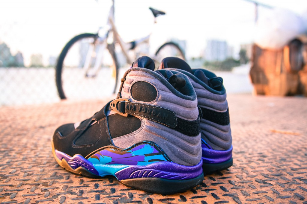 Jordan 8 Aqua Black Friday_2
