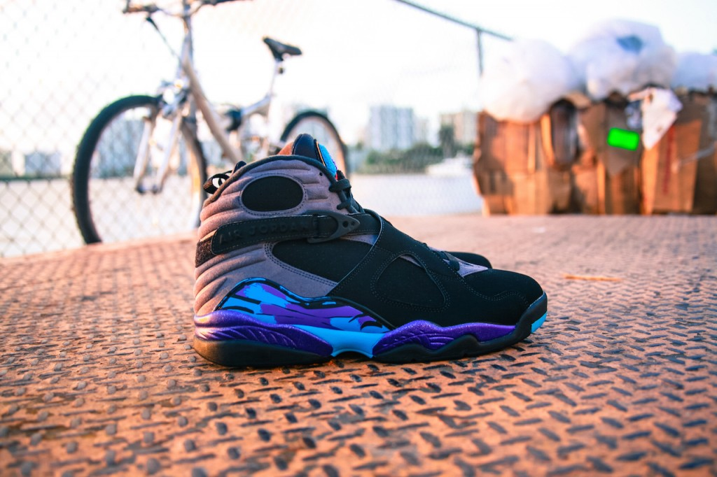 Jordan 8 Aqua Black Friday_4
