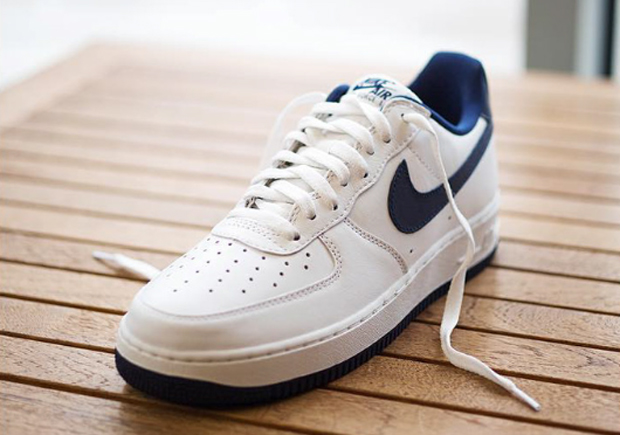 nike-air-force-one-low-nai-ke-white-navy-02