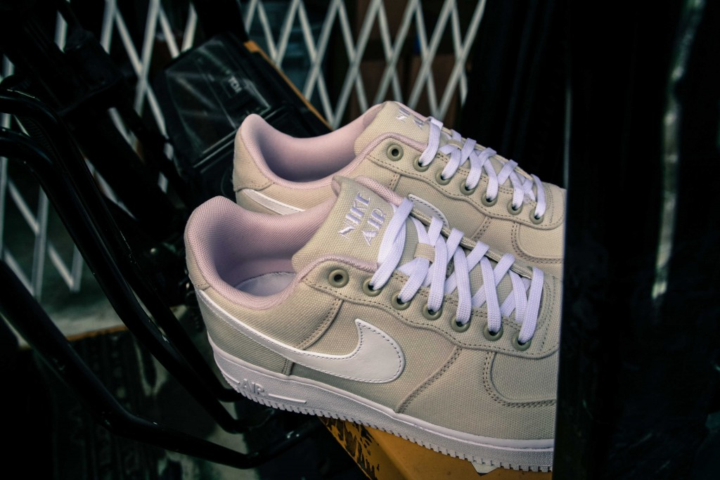 Air Force 1 Miami 812297-100-9